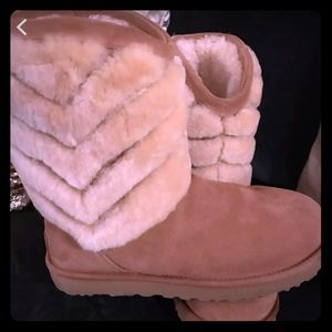 Ugg boots! Worn ONCE. Super cute.